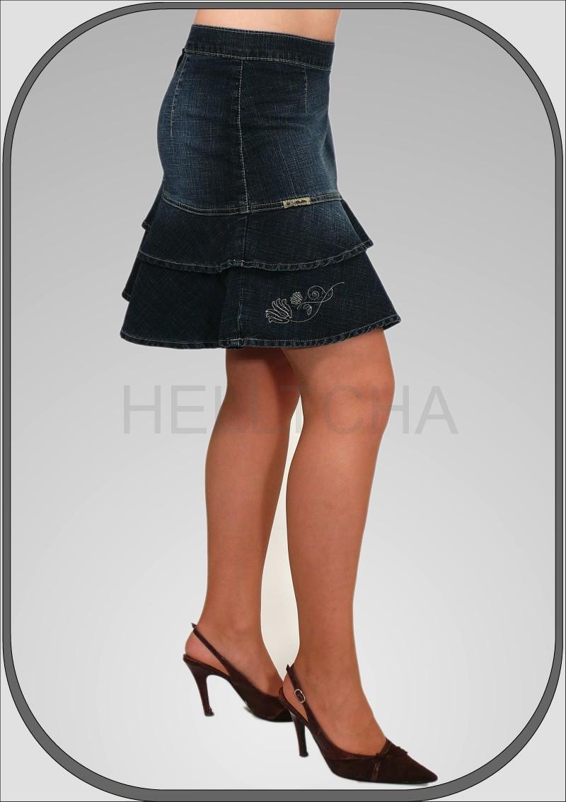 39749e47566b Krátká riflová sukně s volánem módního střihu